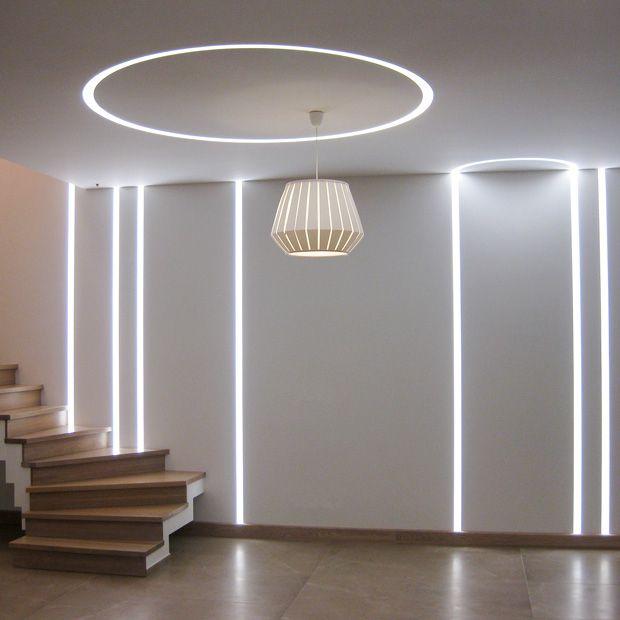 Atelier SEDAP éclairage rectiligne mur et plafond