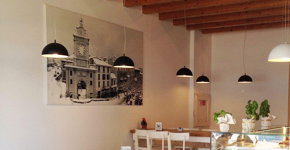 Salle de restaurant éclairage suspension BRAGA