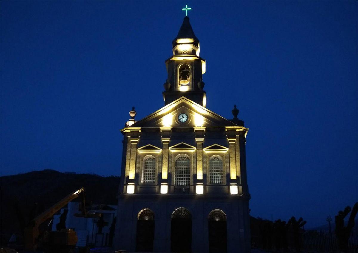Réalisation éclairage SECOM église