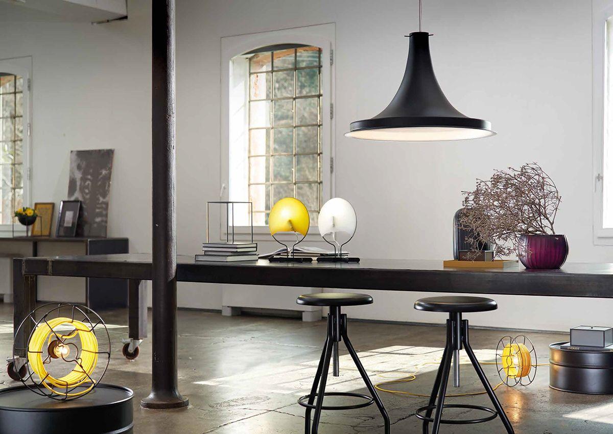 ZAVA luminaire design pièce à vivre