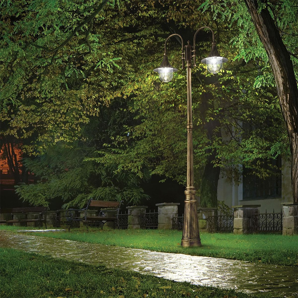 Eclairage IDEAL LUX extérieur lampadaire